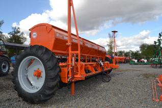 Сеялка зерновая СЗФ-5400-V Вариаторная Фаворит