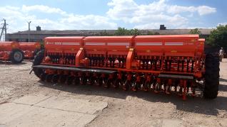 Сеялка зерновая СЗФ - 5400 - 04 узкорядный сошник Фаворит